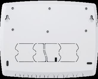 De module is met vier schroeven te monteren aan de muur. Houdt bij voorkeur een afstand van 1 meter tot de warmtepomp of buffervatpompen aan.