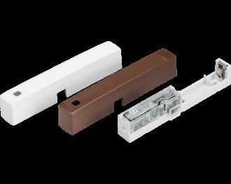 De raam- en deursensor wordt geleverd met een wit en een bruin afdekkapje.