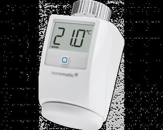 De slimme Homematic IP thermostaatknop regelt de toevoer van warm CV water naar een radiator.