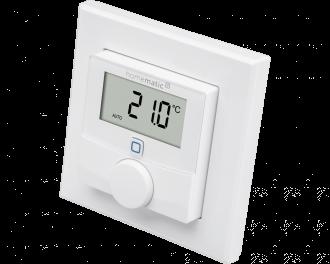 De Homematic IP thermostaat meet temperatuur en luchtvochtigheid en is geschikt voor opbouw montage aan de wand.